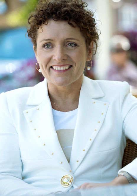 Vlaams minister van mobiliteit & openbare werken - Lydia Peeters